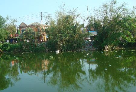 Những dòng sông đang bị ô nhiễm