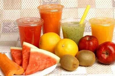 Nước ép trái cây cho trẻ nhỏ mùa nóng