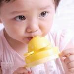 Nước uống tốt nhất cho trẻ mùa nóng