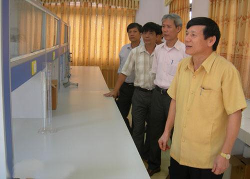 Phó chủ tịch Bắc Ninh thăm trung tâm nước sạch